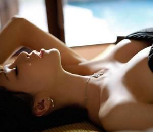 浓甜深渊书包网 日本巨大乳奶水