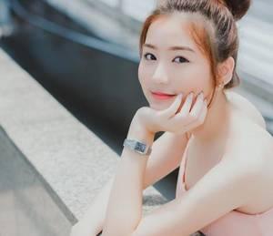 女性正常宫腔深度 丝袜上有黏黏的液体